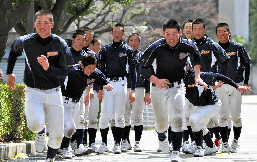 東北高校野球部2017年のメンバーや監督は?杉澤龍や葛岡仁に注目!