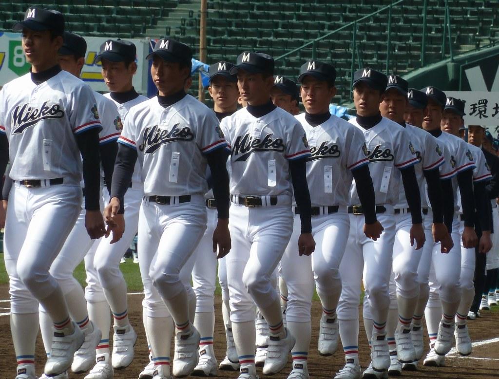 三重高校野球部2018のメンバーや監督は?注目の定本や寮も調査!