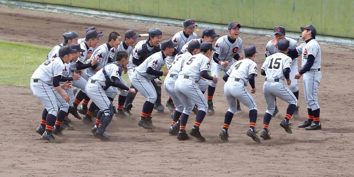 クラーク記念国際高校野球部2018のメンバーは?監督や出身中学も調査!