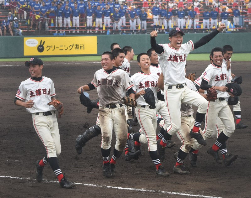 土浦日大高校野球部2018年メンバーや監督は?部員数やプロも調査!