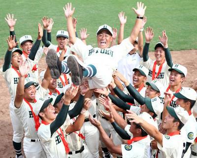報徳学園野球部2018年夏のメンバーや監督は?小園や特待生にも注目!