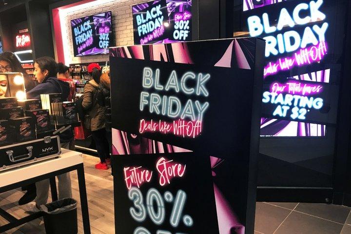 ブラックフライデーはなぜブラック?安さの理由や知られていないワケとは?
