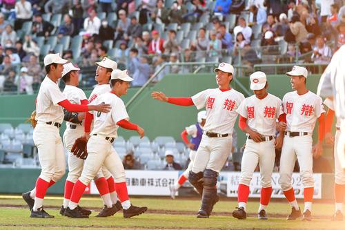 智弁和歌山野球部の部員数やプロ野球選手は?寮やグラウンドも調査!