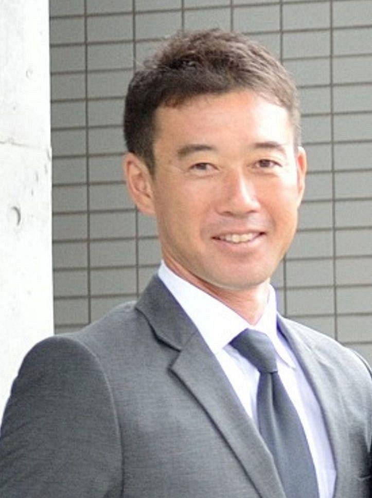 片桐健一監督(桐蔭学園)の経歴や野球指導は?嫁や子供も調査!