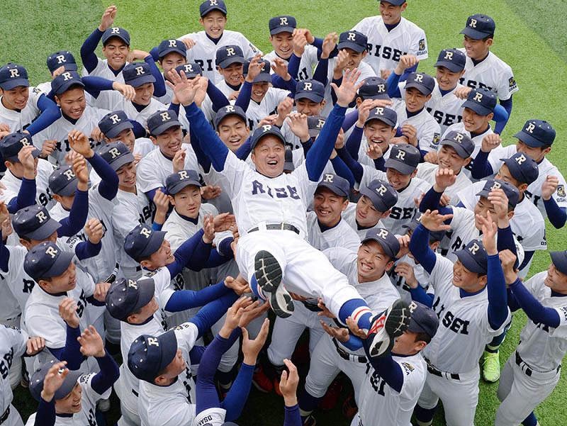 履正社高校野球部2019年メンバーについて!控えや新入部員の1年生も!